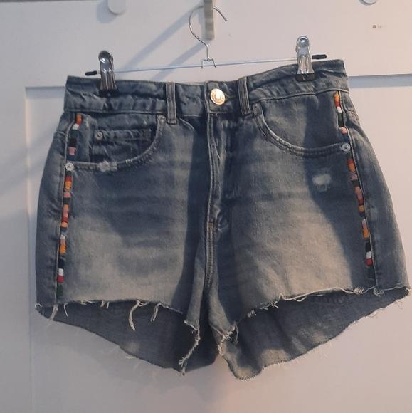 Garage festival denim shorts NWOT